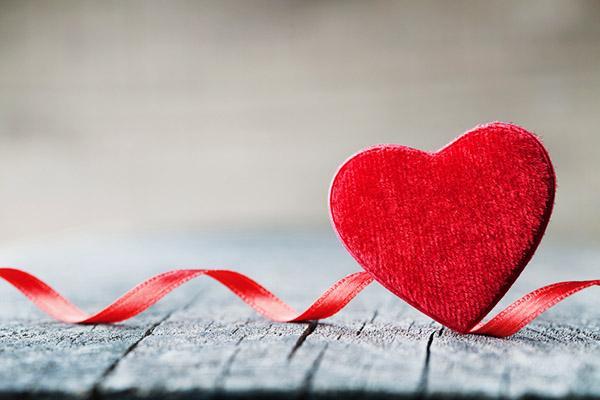 San Valentino: impara ad interpretare regali ed aspettative romantiche