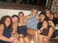 MAMAS BEACH PARTY... GRATIS in...
