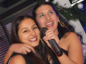Happy Party: Dinner, Karaoke &...